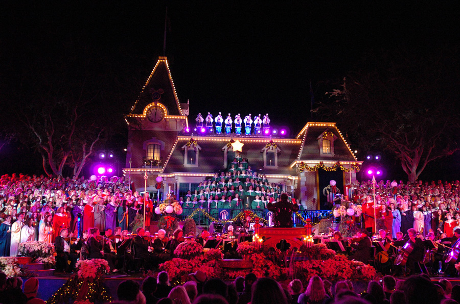 Candlelight Concerts at Disneyland Dec. 7-8